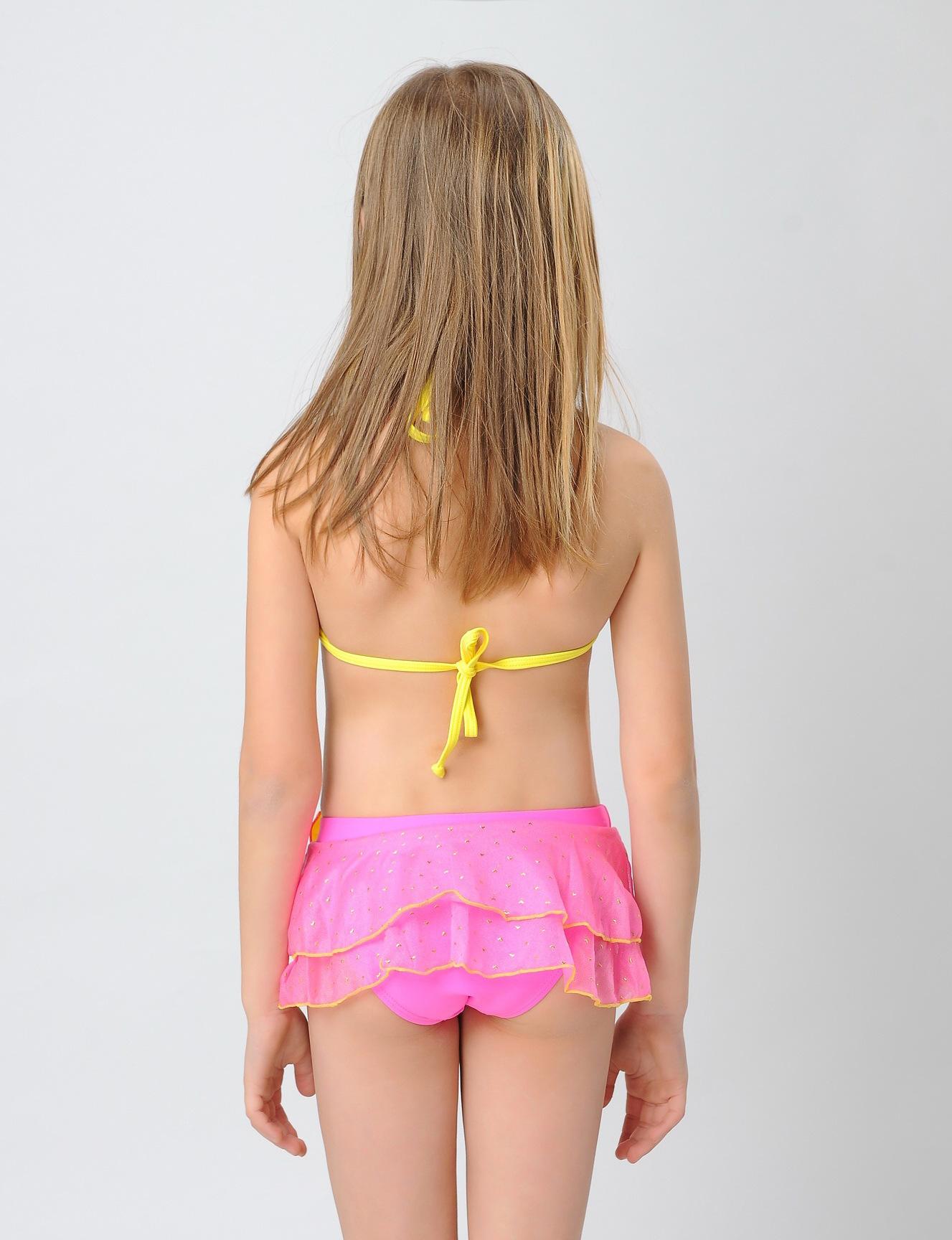 Girls in Sexy Wet Thongs @ Bravo Thongs