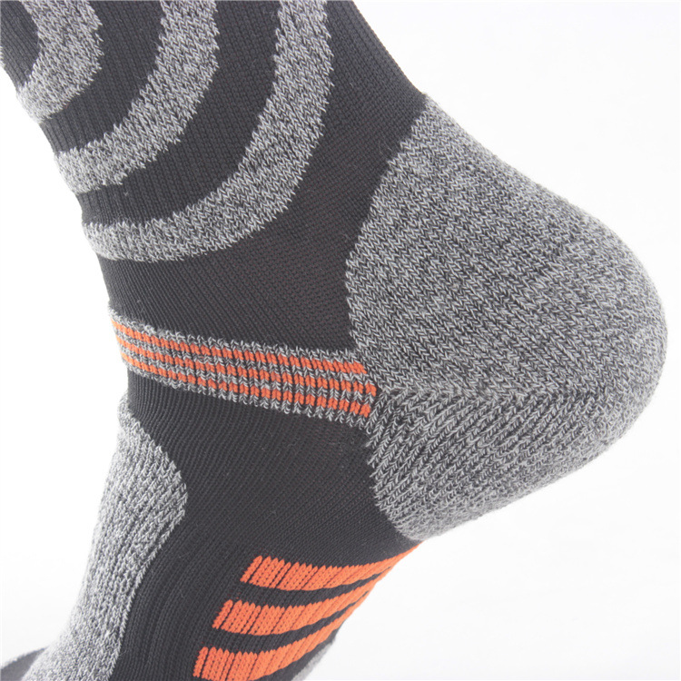 outdoor sports socks men